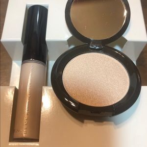 BECCA HLOW ON THE GO SHIMMERING SKIN PERFECTOR KIT